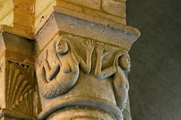 Église Saint-Eutrope de Saintes - Chapiteau de l'église haute - Sirènes - 2007