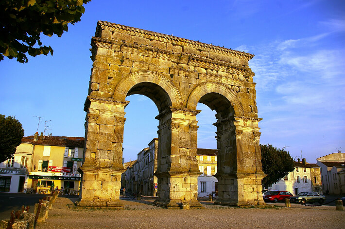 Arc de Germanicus à Saintes - Arcs en plein cintre romains - 2007