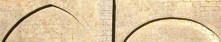 Église Notre-Dame de Corme-Ecluse - Arcades romanes de la nef - 2007