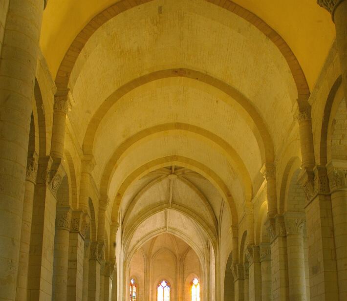 Église Saint-Eutrope de Saintes - Voûte en berceau sur doubleaux - 2007