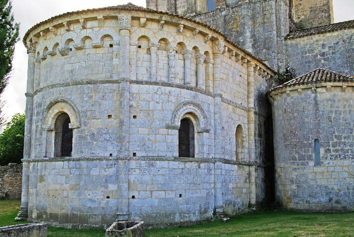 Église Saint-Pierre de Mornac-sur-Seudre - Chevet - 2008