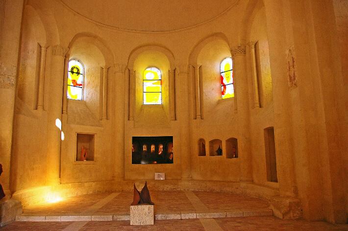 Église Saint-Jean-l'Évangéliste de Trizay - Intérieur du chevet - 2007