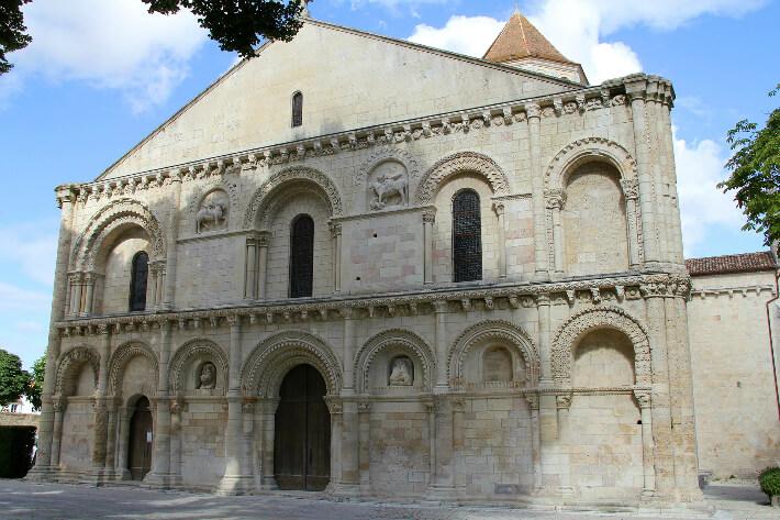 Église Notre-Dame de Surgères - Façade occidentale - 2016