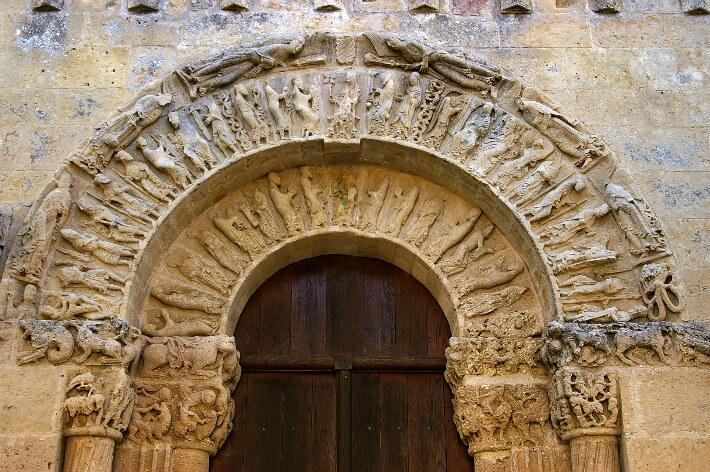 Église Notre-Dame de Nuaillé-sur-Boutonne - Voussures du portail occidental - 2006