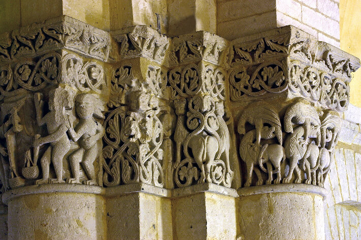 Église Saint-Eutrope de Saintes - Chapiteaux de la croisée du transept - 2007