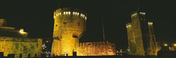 La Rochelle – Tour de la Chaîne et tour Saint-Nicolas – XIVe siècle