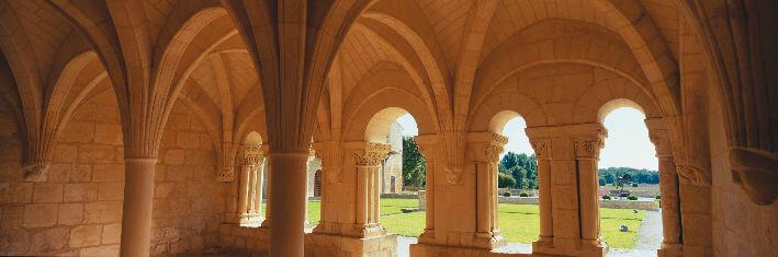 Abbaye de Trizay – XIIIe siècle