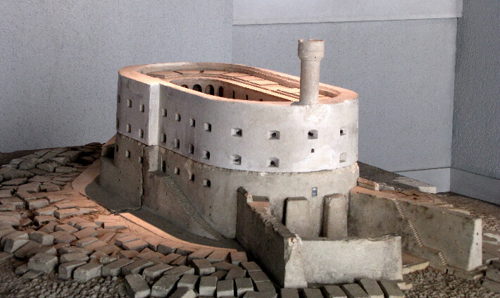 Maquette en pierre du fort Boyard - 1867