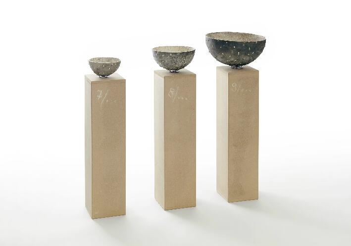 Annie CHAIGNEAU - Etc... - Technique mixte - raku, médium et craie blanche - (Lxlxh) 110  x 60  x 110 cm