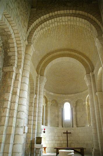 Église Saint-Pierre-ès-Liens de Thaims - Voûte en berceau plein cintre -  2014